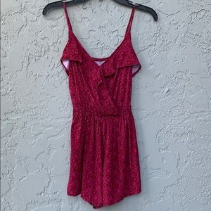 Hollister maroon/pink romper small